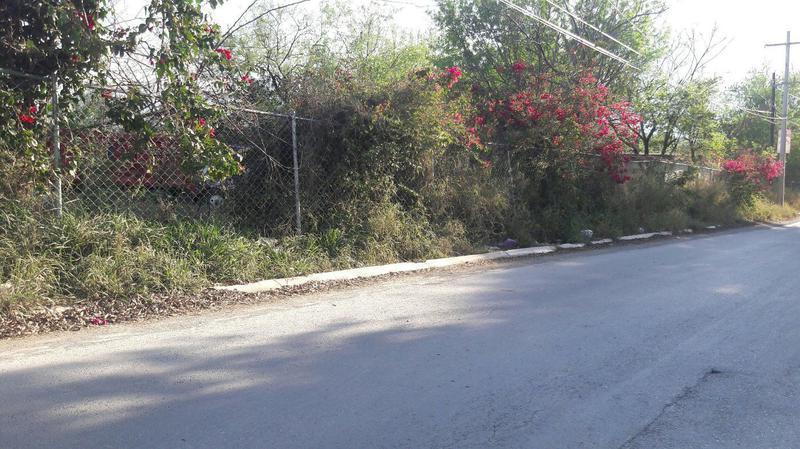 Foto Terreno en Venta en  El Uro,  Monterrey  (VSC) HERMOSO TERRENO EN EL URO PARA DESARROLLO O CASA