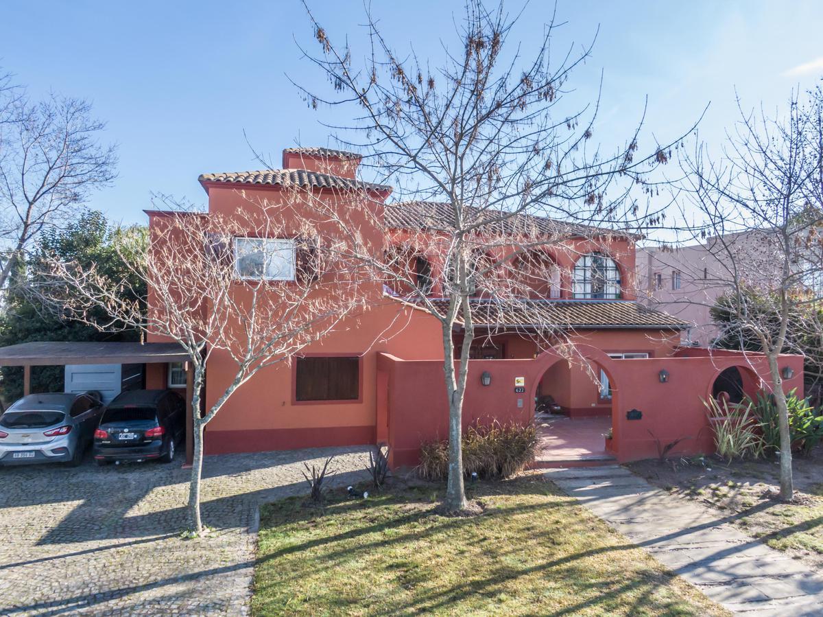 Foto Casa en Venta en  Santa Barbara,  Countries/B.Cerrado (Tigre)  BARRIO SANTA BARBARA LOTE al 600