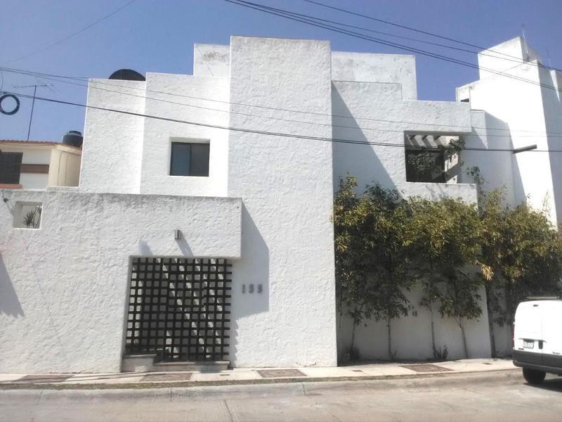 Foto Casa en Venta en  Lomas,  San Luis Potosí  HERMOSA CASA EN VENTA EN LOMAS 4A SECCION, SAN LUIS POTOSI