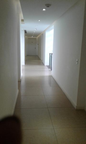 Foto Oficina en Alquiler en  Carrasco ,  Montevideo  Oficina de categoria en pleno centro Carrasco