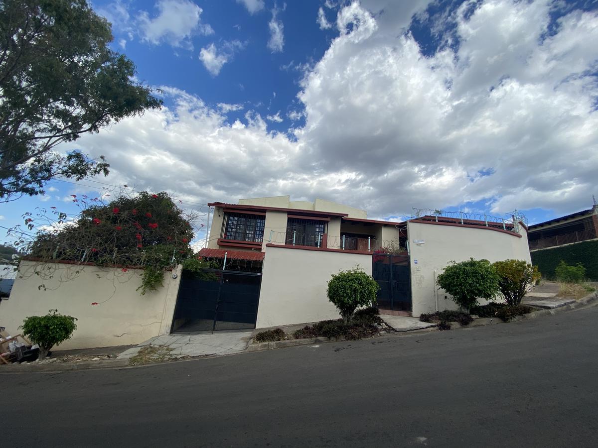 Foto Casa en Renta en  Miramontes,  Tegucigalpa  Casa 3hab/2baños + cuarto de empleada en Miramontes