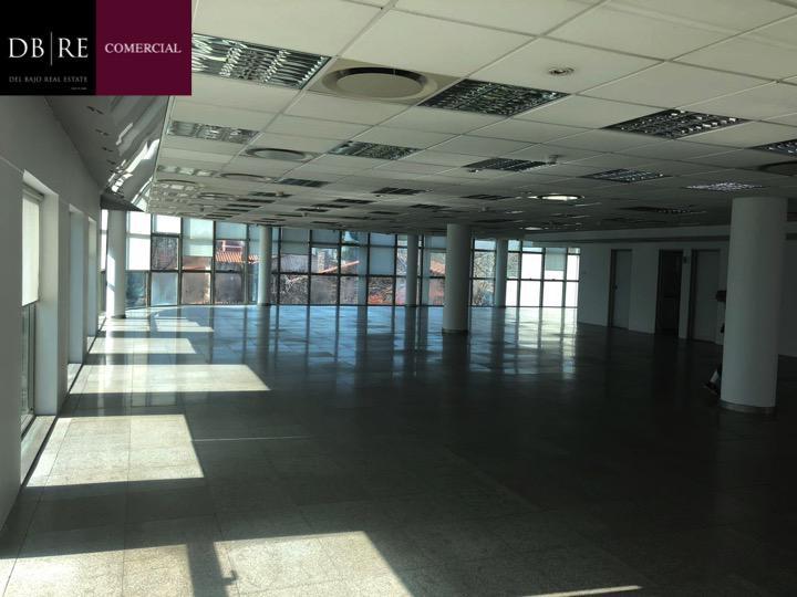 Foto Oficina en Alquiler en  Mart.-Libert./Rio,  Martinez  Av. Libertador Nº al 14100