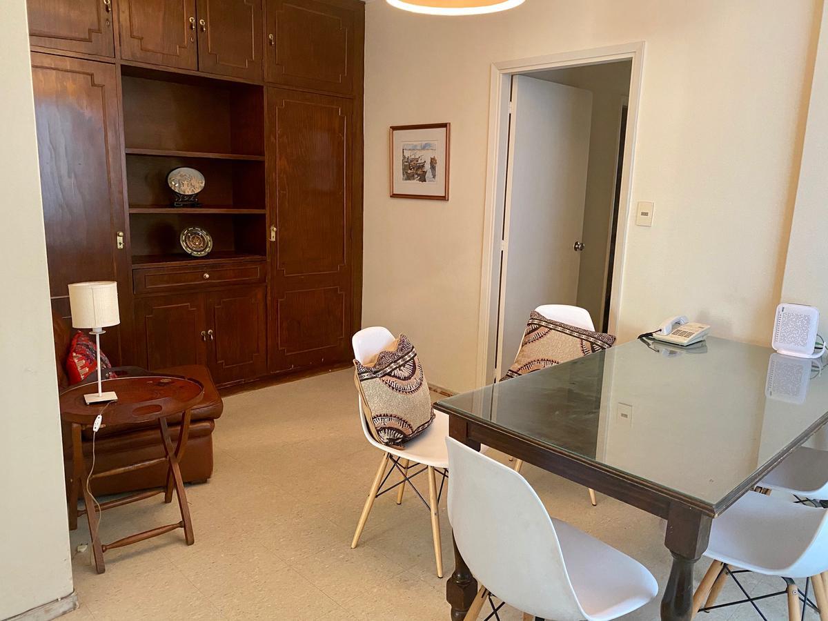 Foto Apartamento en Venta en  Pocitos ,  Montevideo  Marti y Rambla