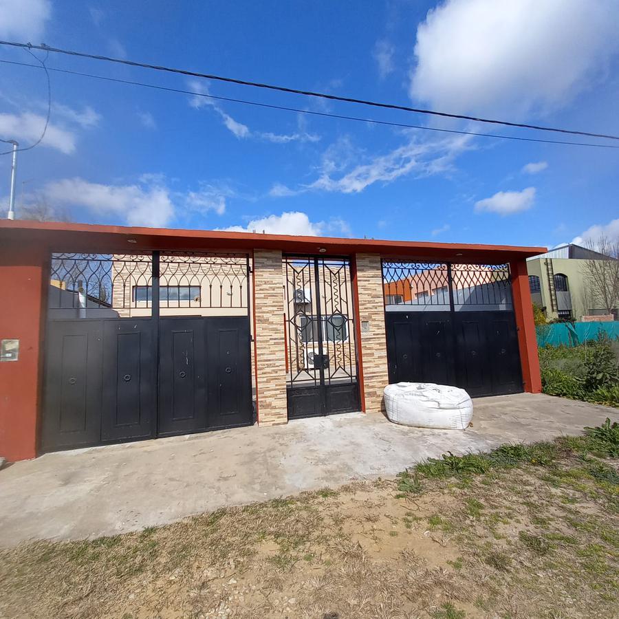 Foto Casa en Venta en  Villa Parque Sicardi,  La Plata  Calle 653 entre 12 y 13