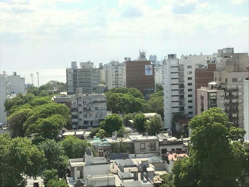 Foto Departamento en Venta en  Punta Carretas ,  Montevideo  ESTRENA YA SOBRE 21 PRIMER PISO CON PATIO