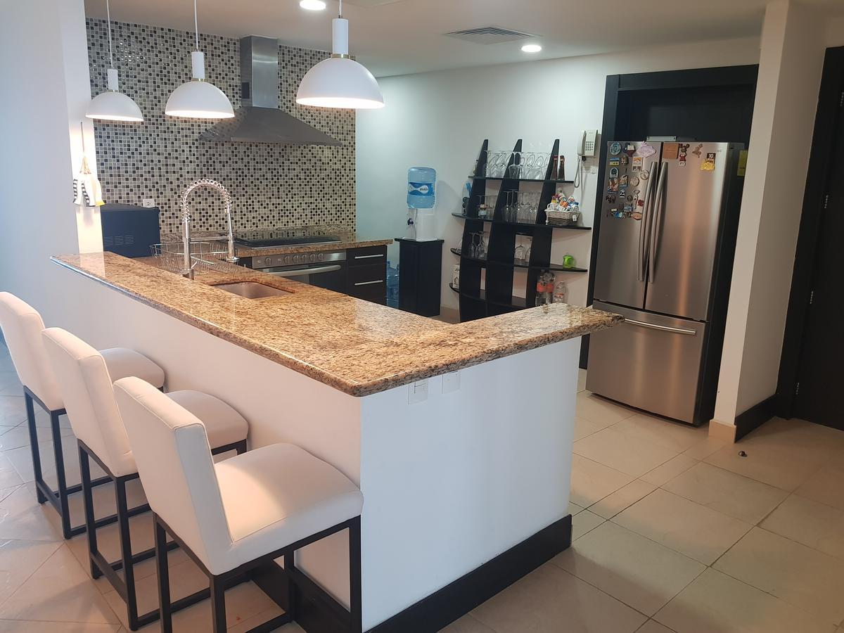 Foto Departamento en Venta en  Zona Hotelera,  Cancún  DEPARTAMENTO VENTA PORTOFINO CANCUN