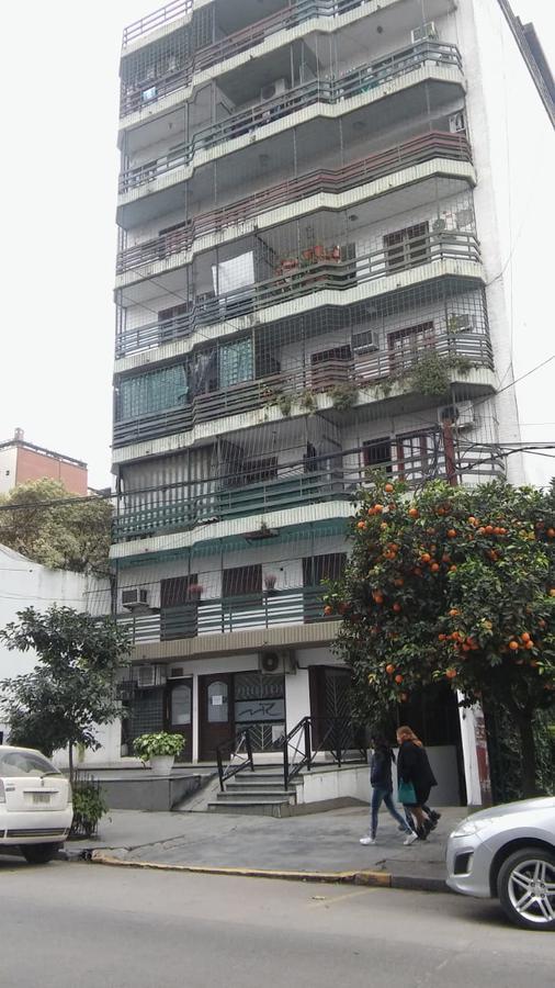 Foto Local en Alquiler en  San Miguel De Tucumán,  Capital  SANTIAGO 50