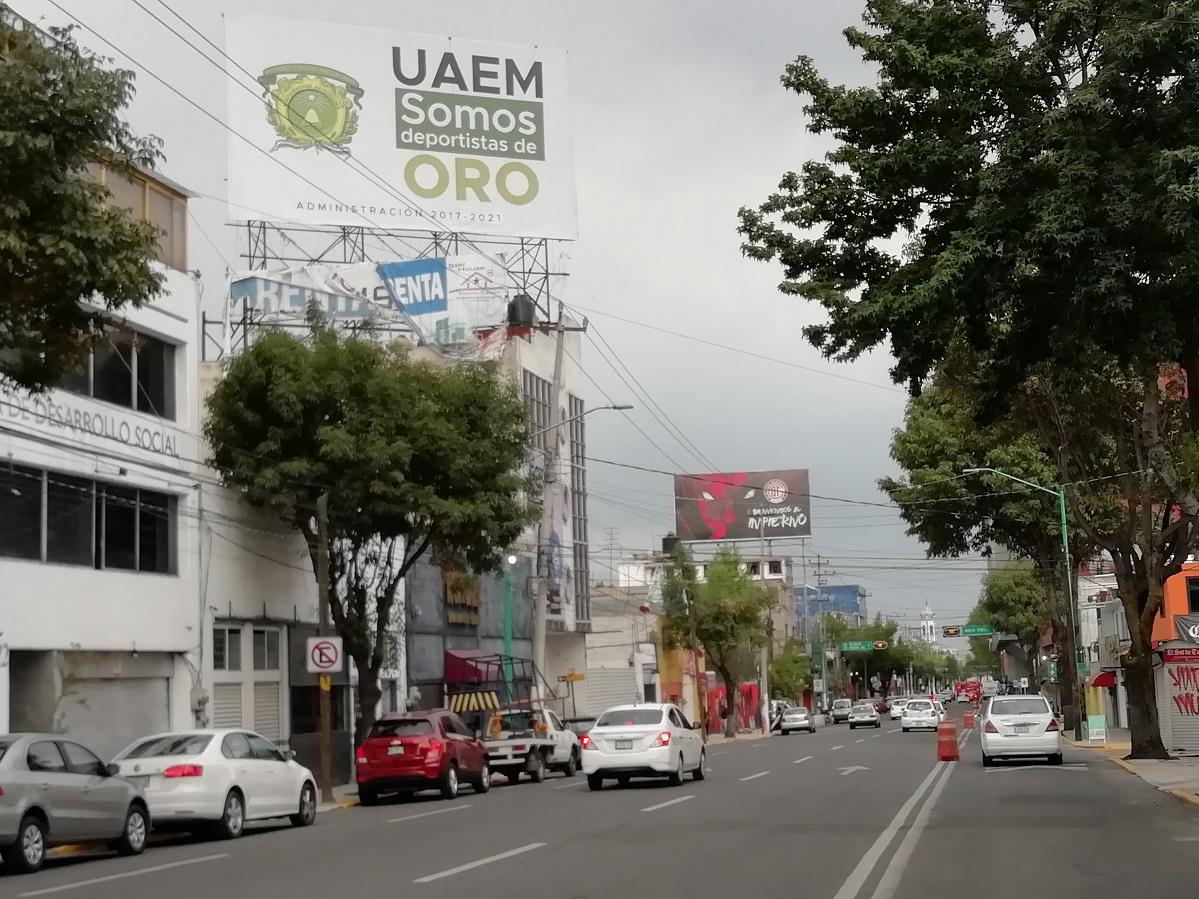 Foto Local en Renta en  San Bernardino,  Toluca  Espectacular en  Av. Morelos, Cerca del Estadio Nemesio Clave COIA0023