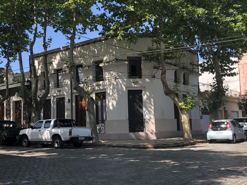 Foto Departamento en Venta en  Colonia del Sacramento ,  Colonia  Fado 102 - Monoambiente ideal para renta con muy buena ubicación
