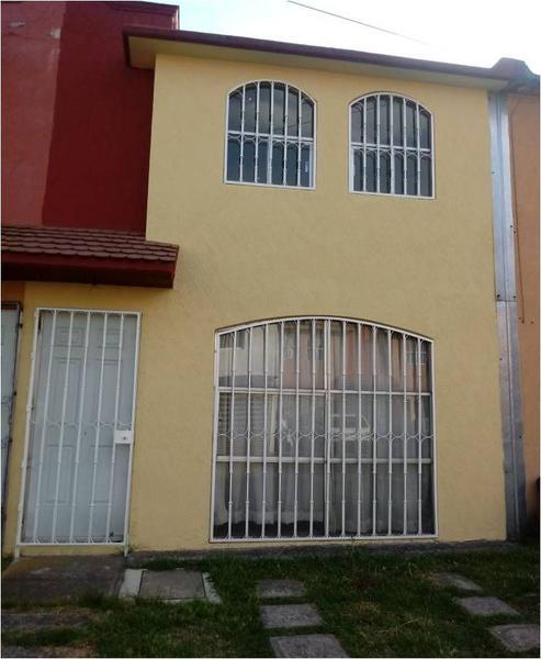 Foto Casa en condominio en Renta en  Los Sauces I,  Toluca  CASA EN VENTA O RENTA, SAUCES II