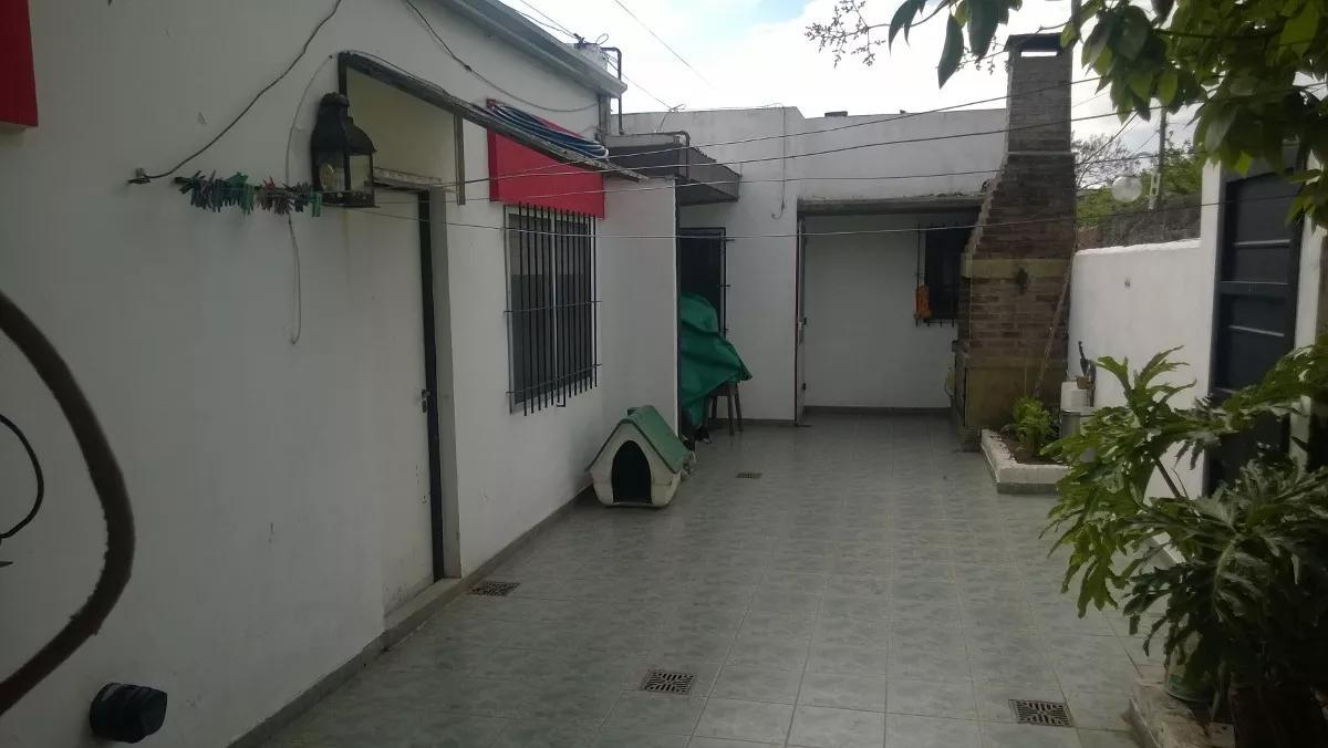 Foto PH en Venta en  Los Hornos,  La Plata  60 e/ 138 y 139