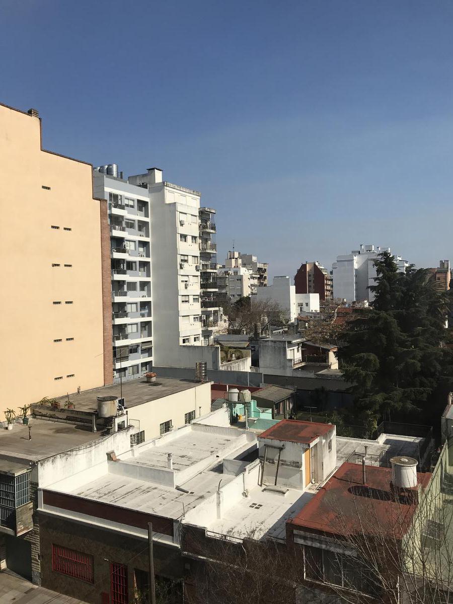 Foto Departamento en Venta en  Villa del Parque ,  Capital Federal  Argerich al 2400