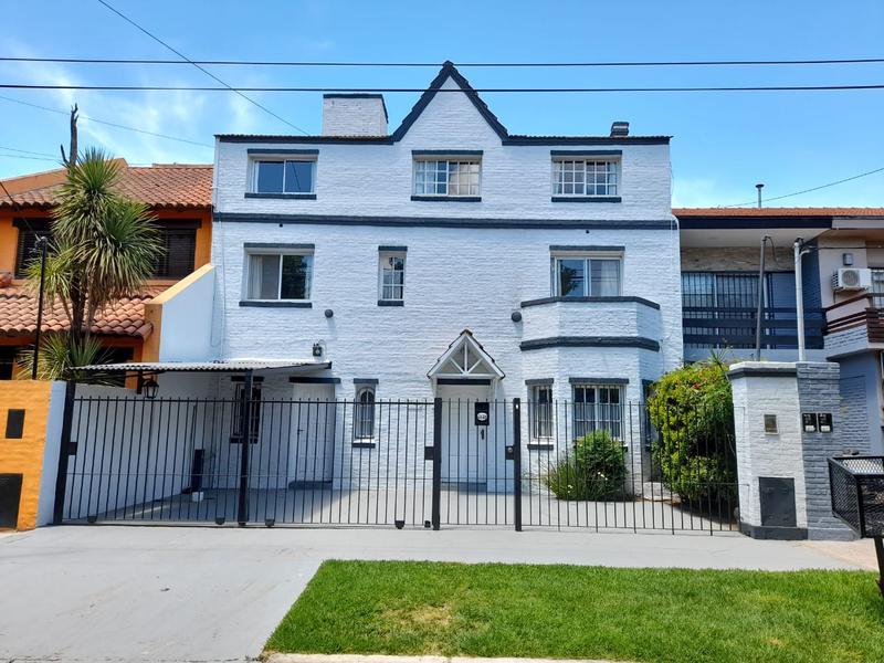 Foto Casa en Venta | Alquiler temporario en  Las Lomas-Horqueta,  Las Lomas de San Isidro  Padre Acevedo al 3600