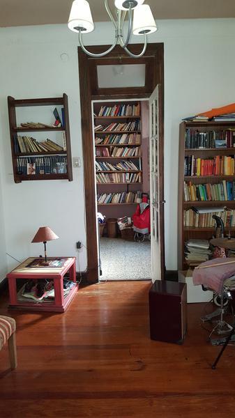 Foto Casa en Venta en  Lomas de Zamora Este,  Lomas De Zamora  CHICLANA al 200