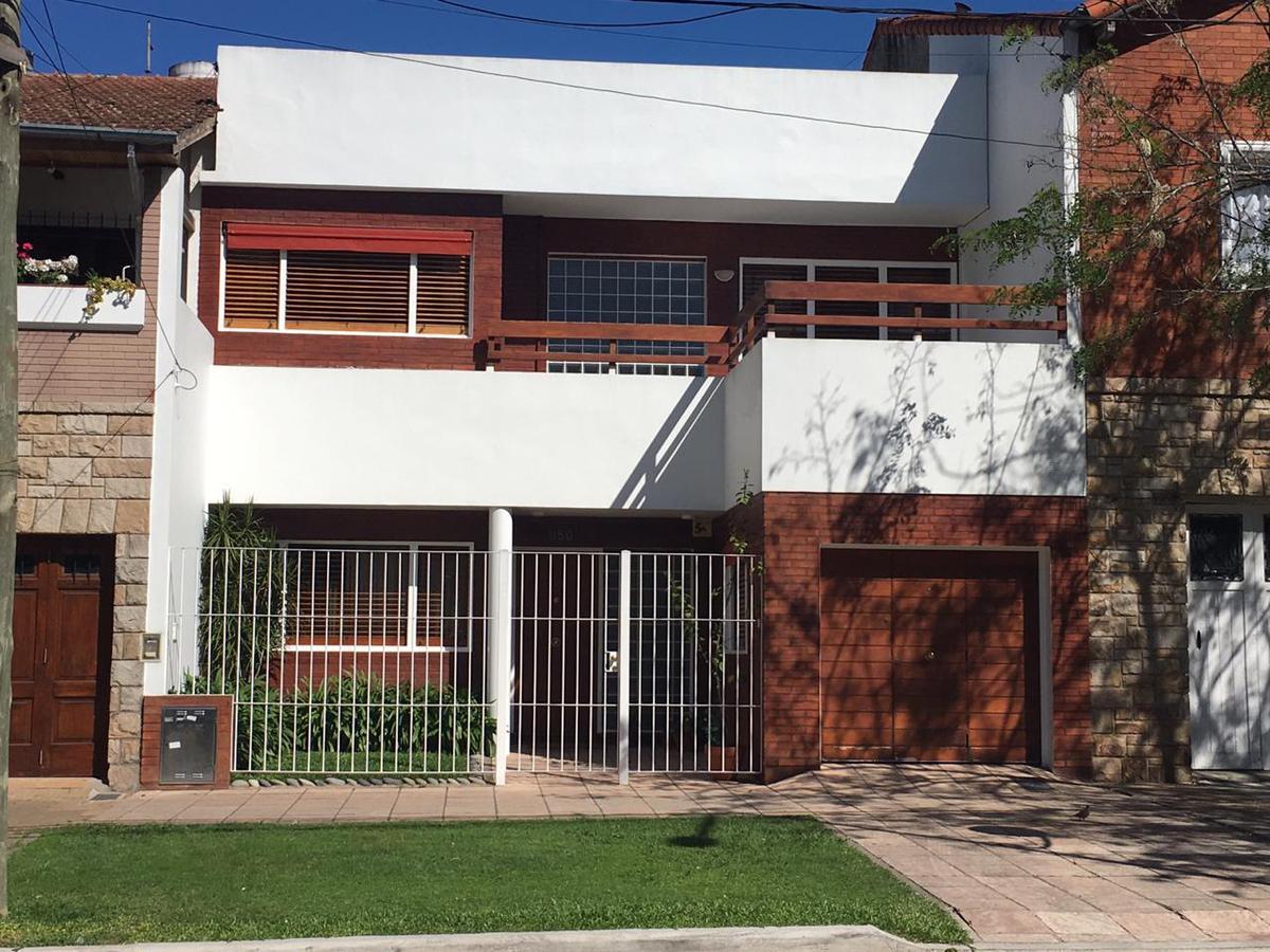 Foto Casa en Venta en  La Lucila,  Vicente Lopez  Paraná al 1100