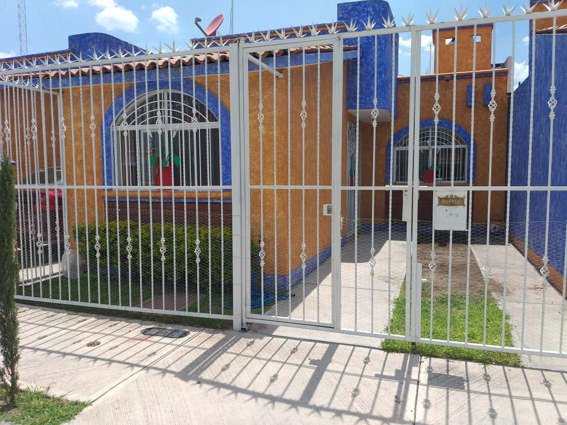 Foto Casa en Renta en  Unidad habitacional Jardines del Valle,  San Juan del Río  RENTA CASA SAN JUAN DEL RIO