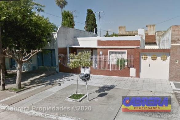 Foto Casa en Venta en  Lomas de Zamora Este,  Lomas De Zamora  MADAME CURIE 82