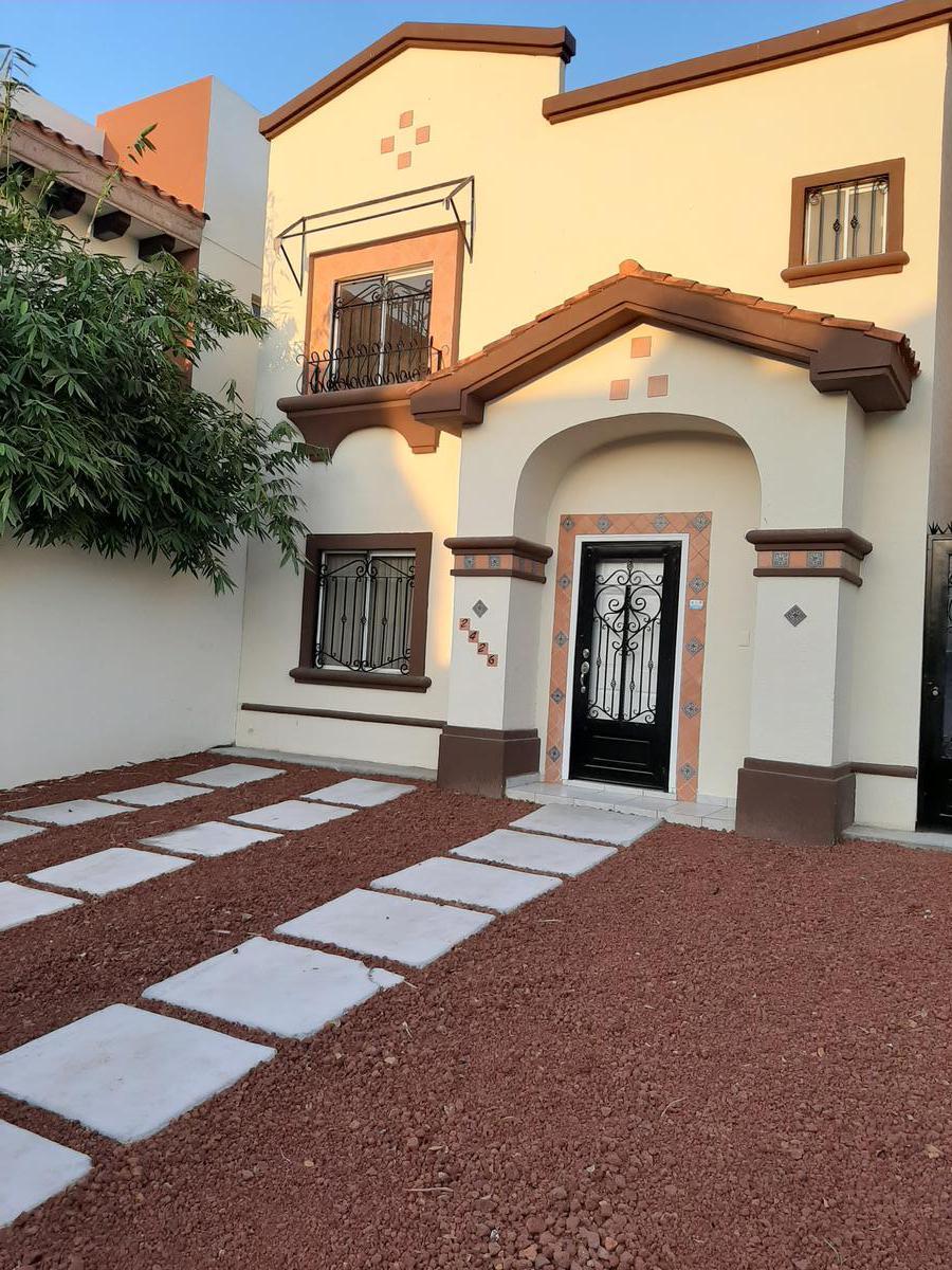 Foto Casa en Renta en  Fraccionamiento Valencia,  Culiacán  CASA EN RENTA CULIACÁN