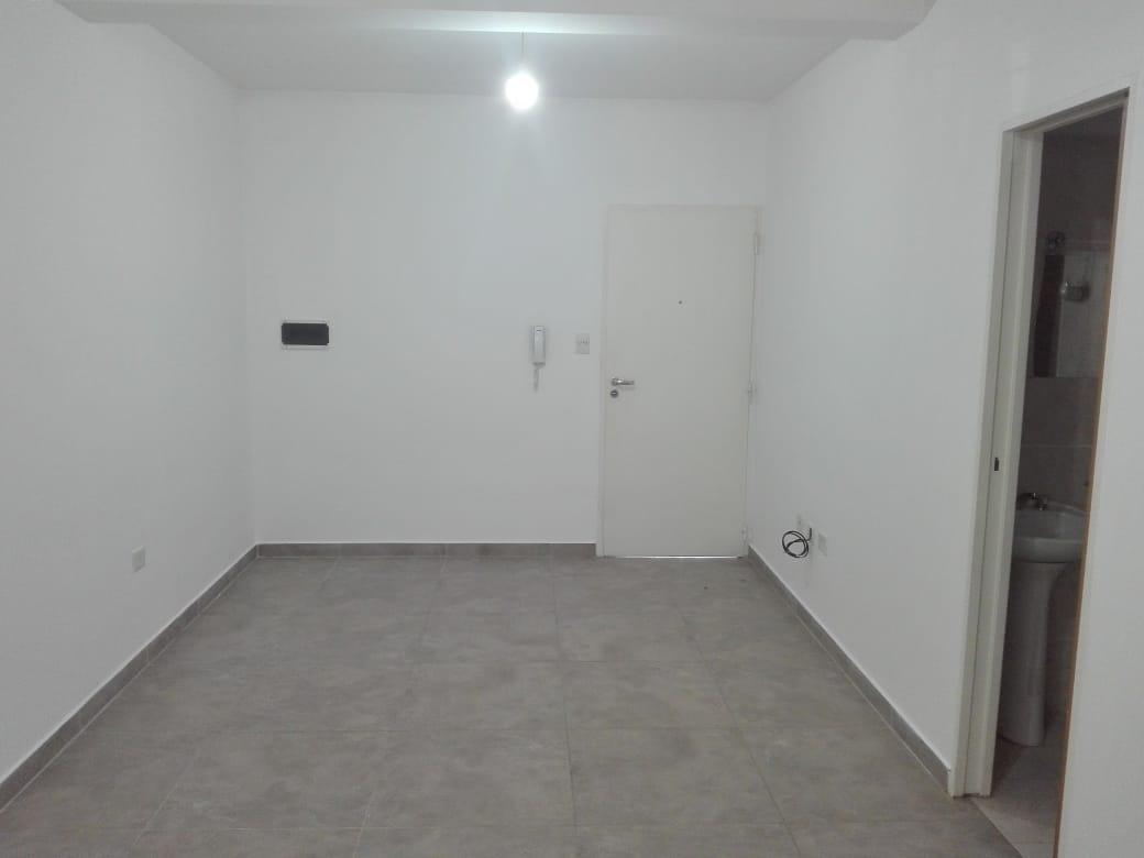 Foto Departamento en Alquiler en  General Roca ,  Rio Negro  RODHE N° al 100