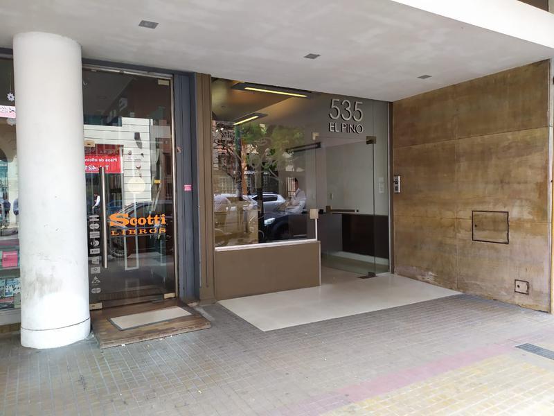 Foto Cochera en Alquiler en  La Plata ,  G.B.A. Zona Sur  48 entre 5 y 6