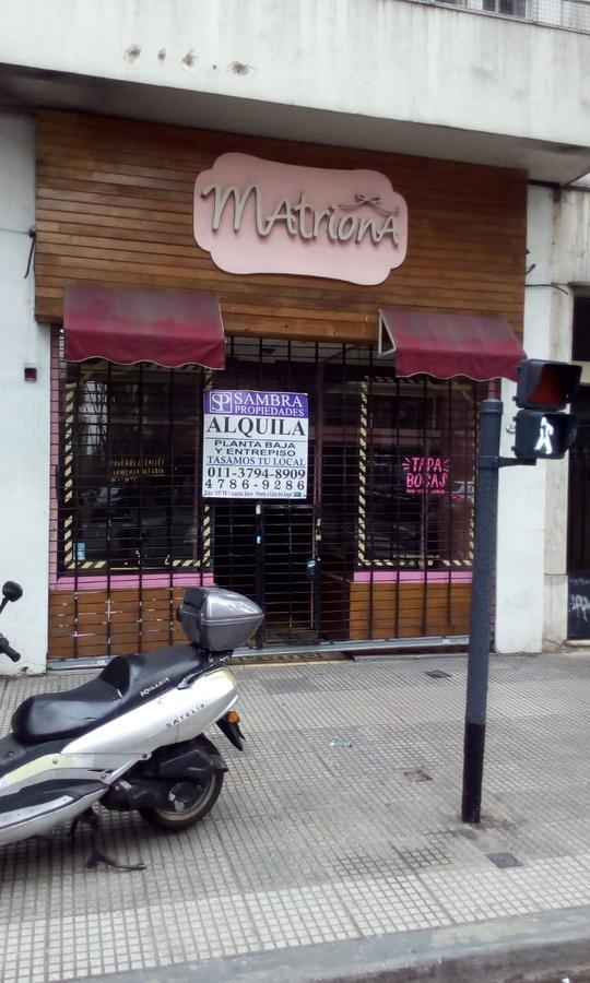 Foto Local en Alquiler |  en  Palermo ,  Capital Federal  Excelente local sobre  Av Santa Fe  3116,  Zona de alto transito, cerca del Alto Palermo!!!!!