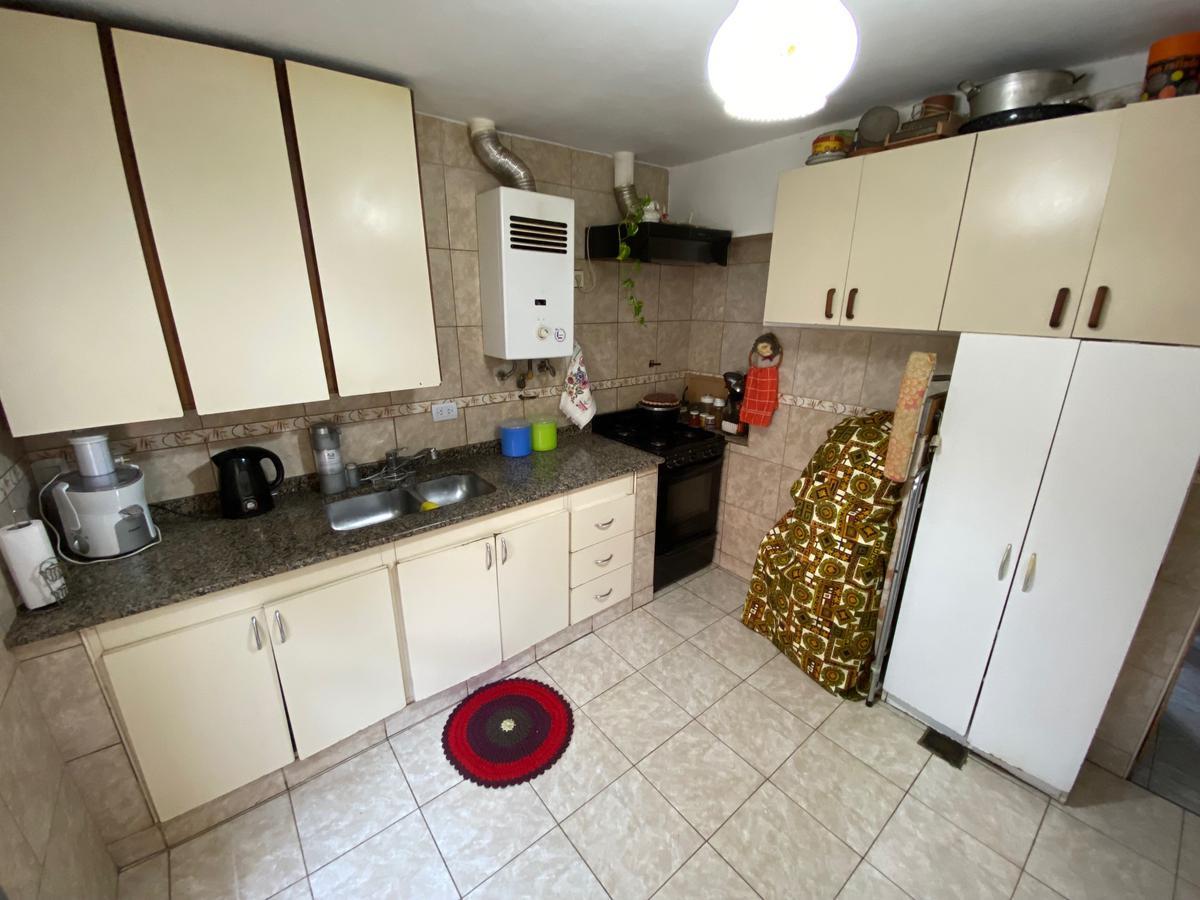 Foto Casa en Venta en  San Andres,  General San Martin  Calle 21 Nº 3800