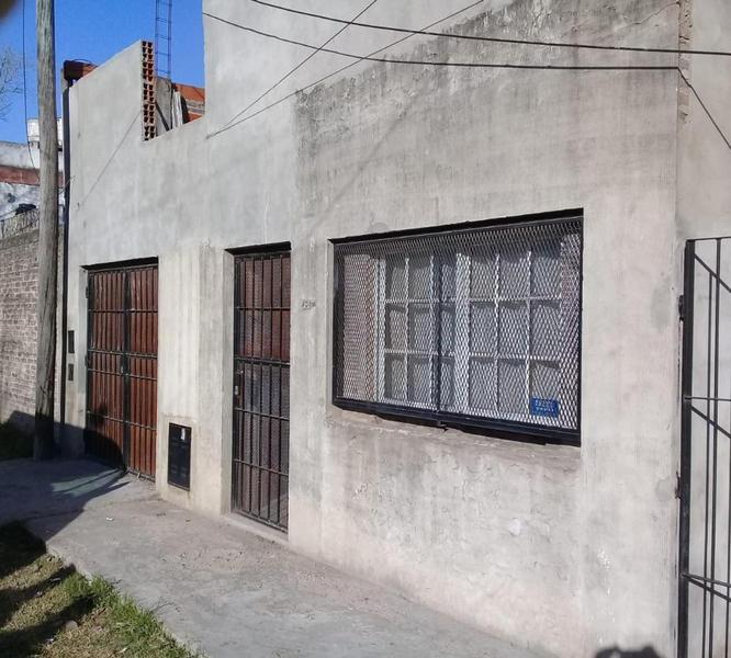 Foto Casa en Venta en  Empalme Graneros,  Rosario  Garzon   600
