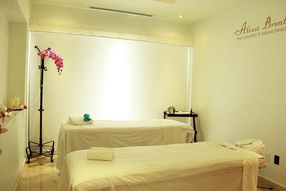Cancún Condo for Rent scene image 2