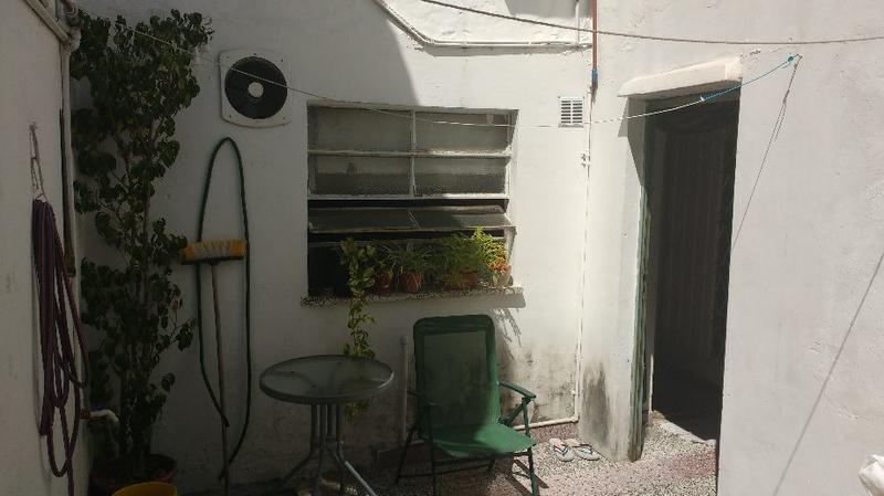 Foto Casa en Venta en  Lanús Oeste,  Lanús  La Rioja 1300