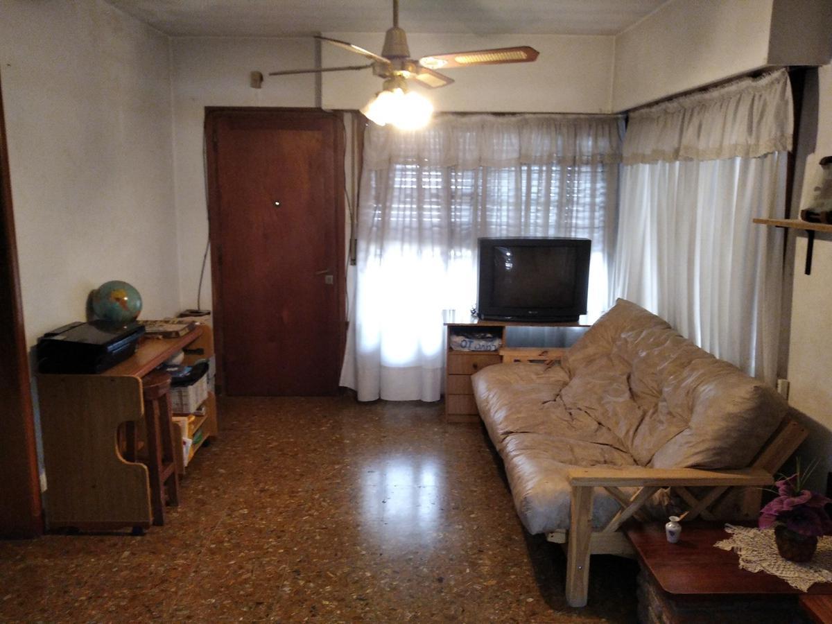 Foto Casa en Venta en  Berazategui,  Berazategui  Calle 151 e/ 10 y 11