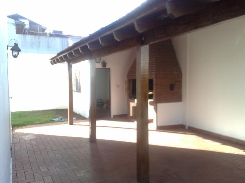 Foto Casa en Venta en  Villa Adelina,  San Isidro  soldado de malvinas al 1000