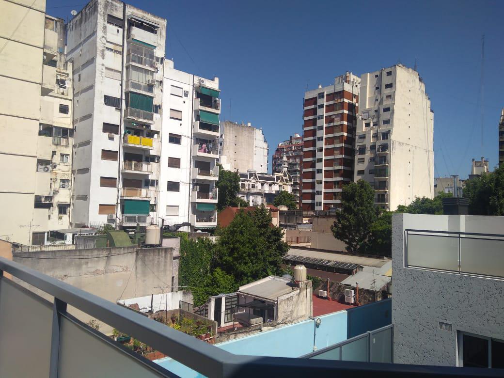 Foto PH en Venta en  Almagro ,  Capital Federal  Humahuaca 4046