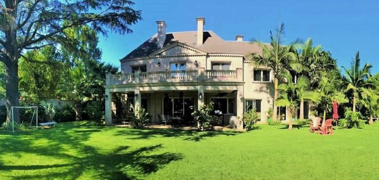Foto Casa en Alquiler en  Mart.-Vias/Libert.,  Martinez  Emilio Mitre al 700