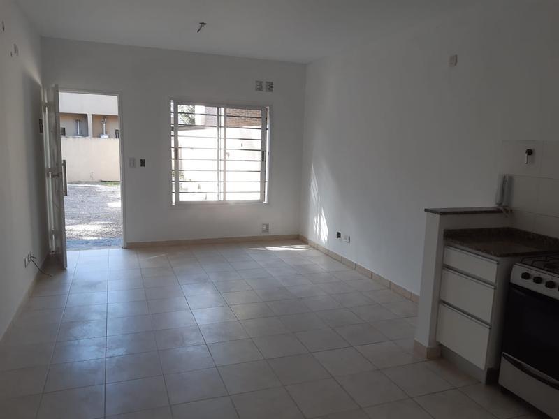 Foto Departamento en Alquiler en  San Miguel,  San Miguel  Zapiola al 1400