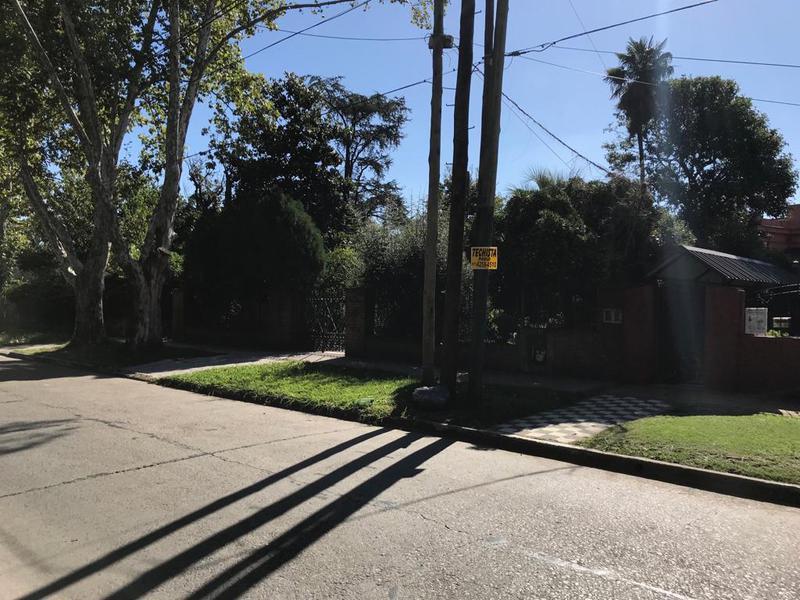Foto Terreno en Venta en  Temperley Este,  Temperley  ESMERALDA AL 800