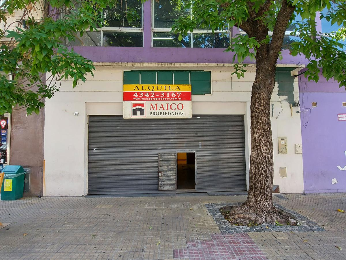 Foto Local en Alquiler en  San Telmo ,  Capital Federal  BALCARCE al 400