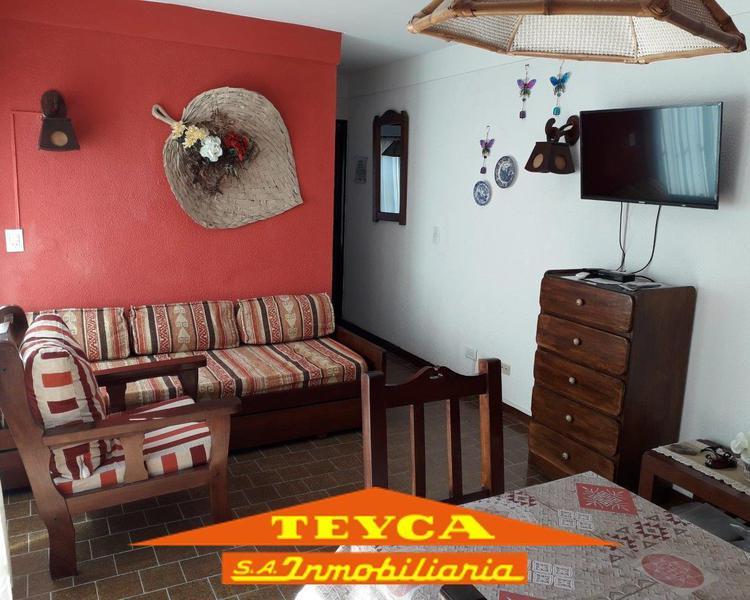 Foto Departamento en Venta en  Centro,  Pinamar  AV. Constitucion 297 E/ S. el Marino y Artes