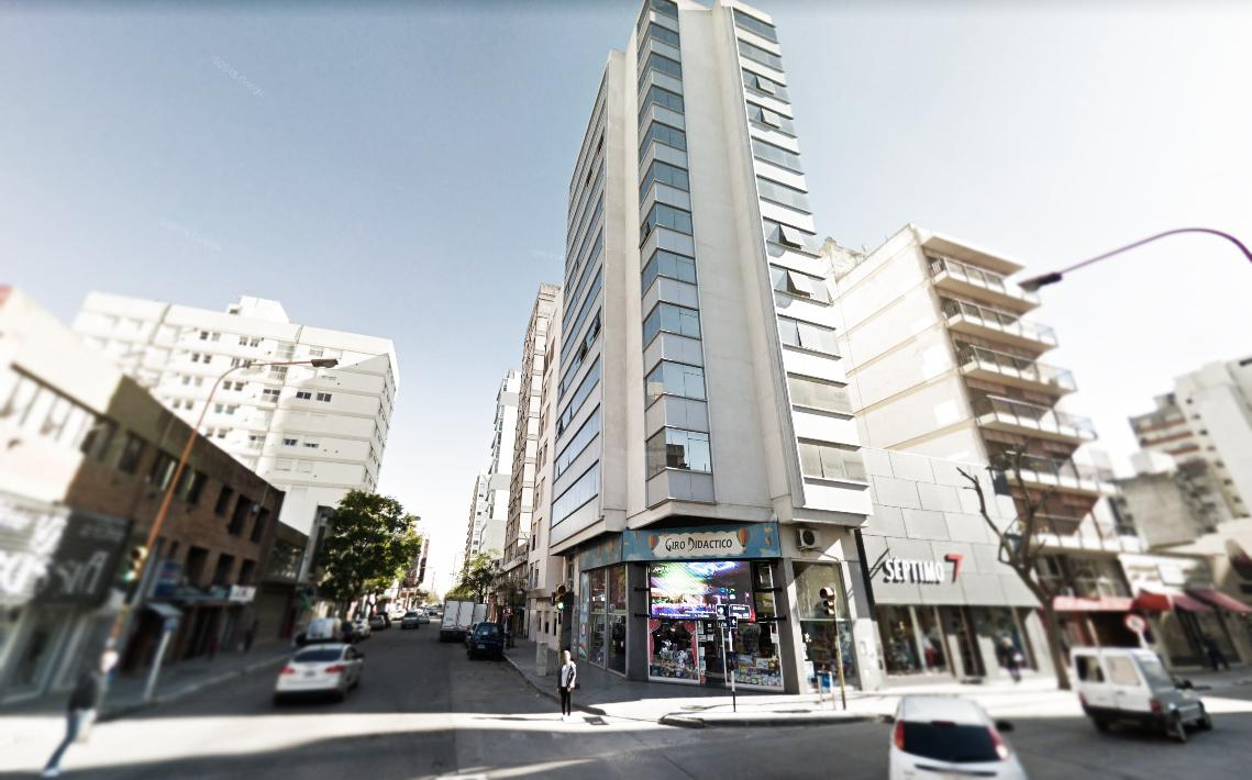 Foto Departamento en Alquiler en  Bahia Blanca ,  Interior Buenos Aires  La Madrid 92