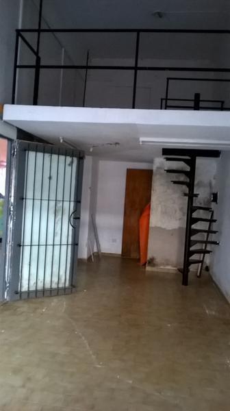 Foto Local en Venta | Alquiler en  Esc.-Centro,  Belen De Escobar  Rivadavia 450 Local 26
