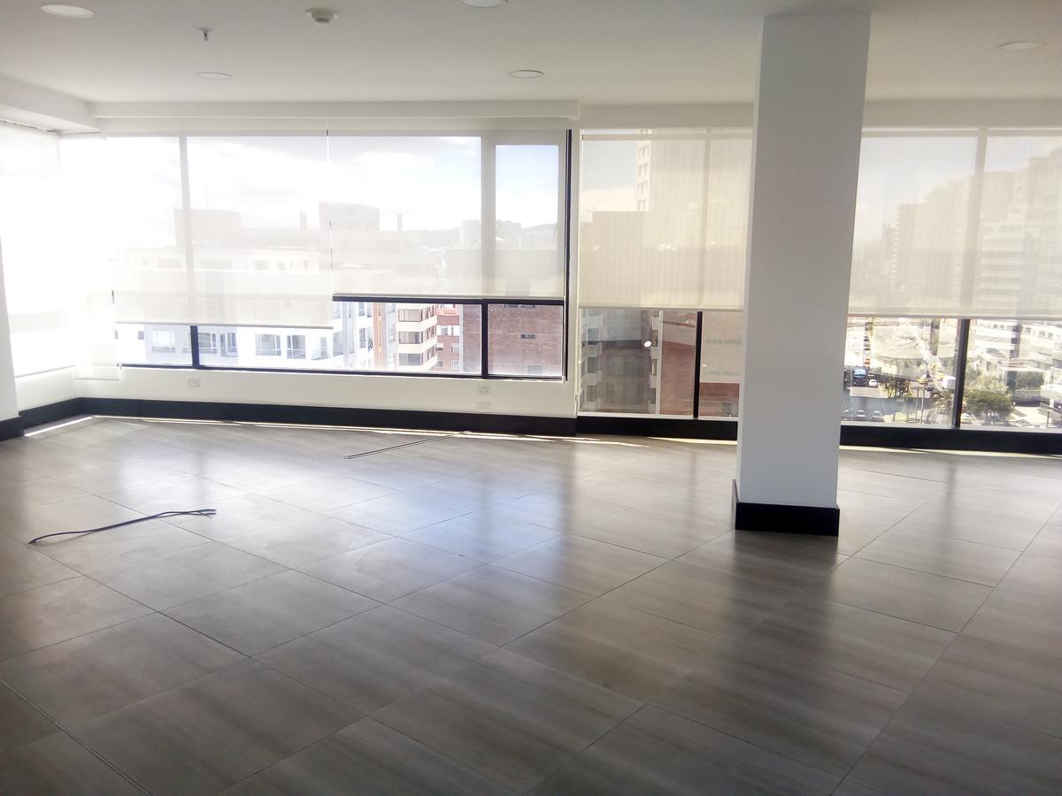 Foto Oficina en Alquiler en  Centro Norte,  Quito  Av. 12 de Octubre y Baquerizo Moreno