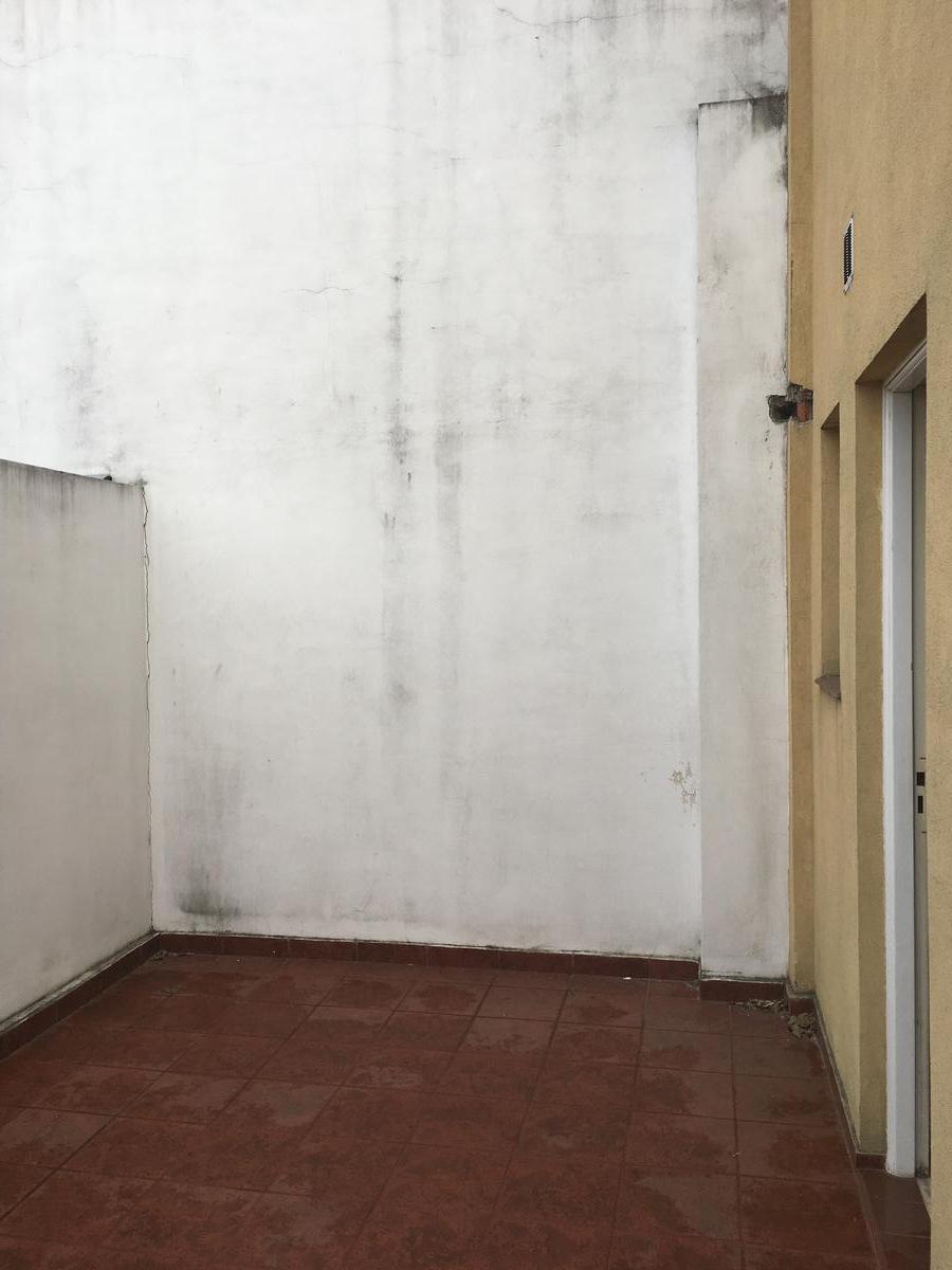 Foto Local en Venta | Alquiler en  Rafael Calzada,  Almirante Brown  AV. SAN MARTIN NRO. al 2100