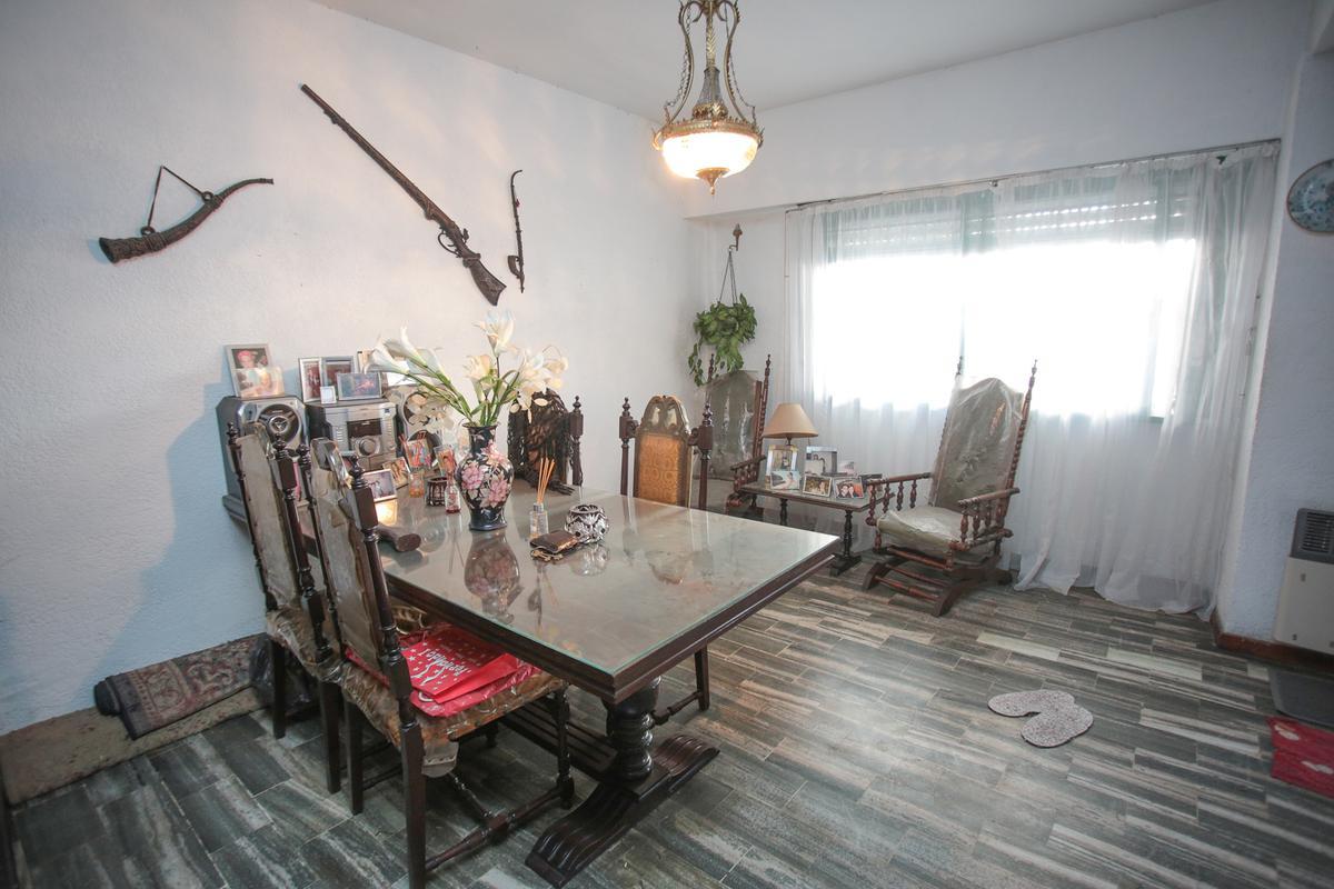 Foto PH en Venta en  Villa Devoto ,  Capital Federal  Melincue al 5000