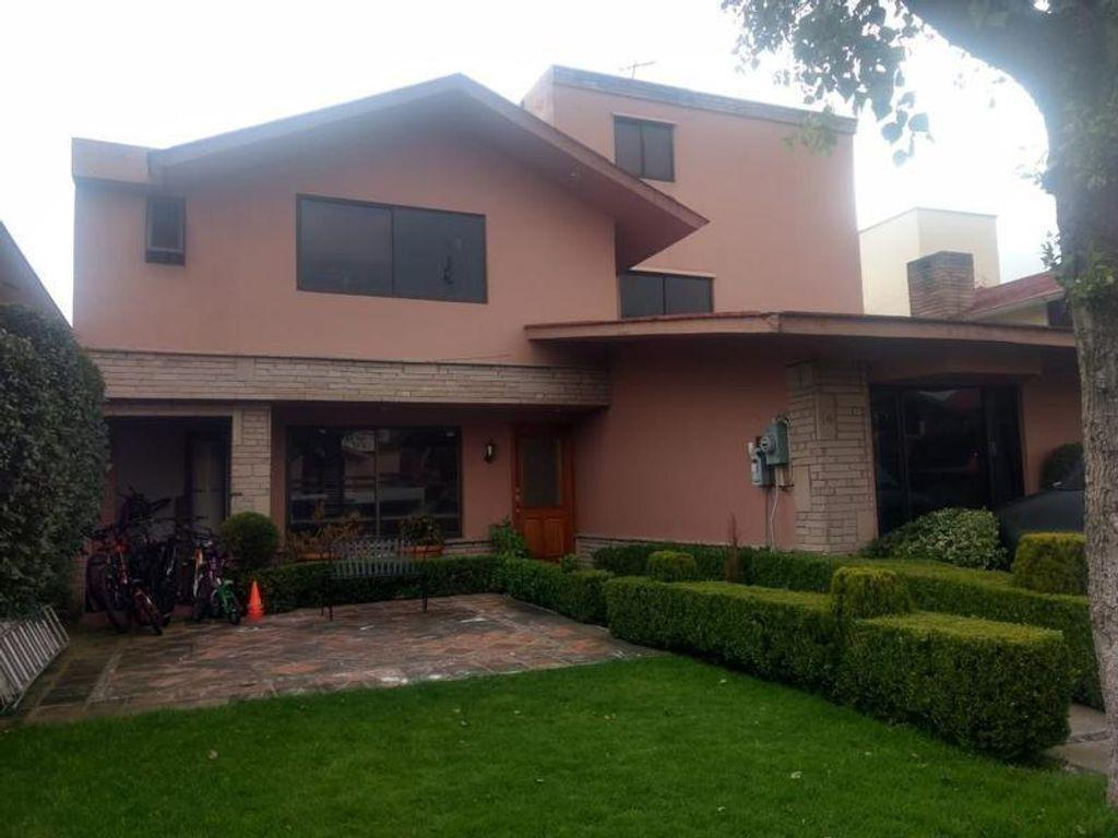 Foto Casa en Venta en  Metepec ,  Edo. de México  CASA EN LA JOYA METEPEC