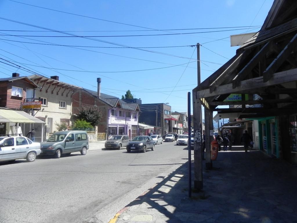 Foto Local en Alquiler en  Bariloche ,  Rio Negro  Onelli y Fagnano