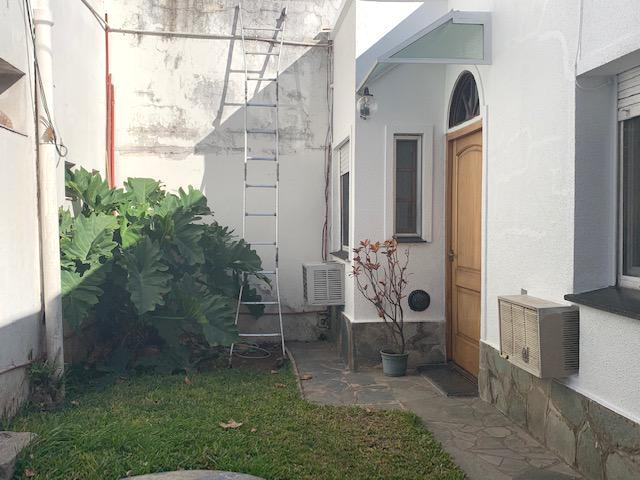 Foto Casa en Venta en  Mart.-Santa Fe/Fleming,  Martinez  EDISON al 900