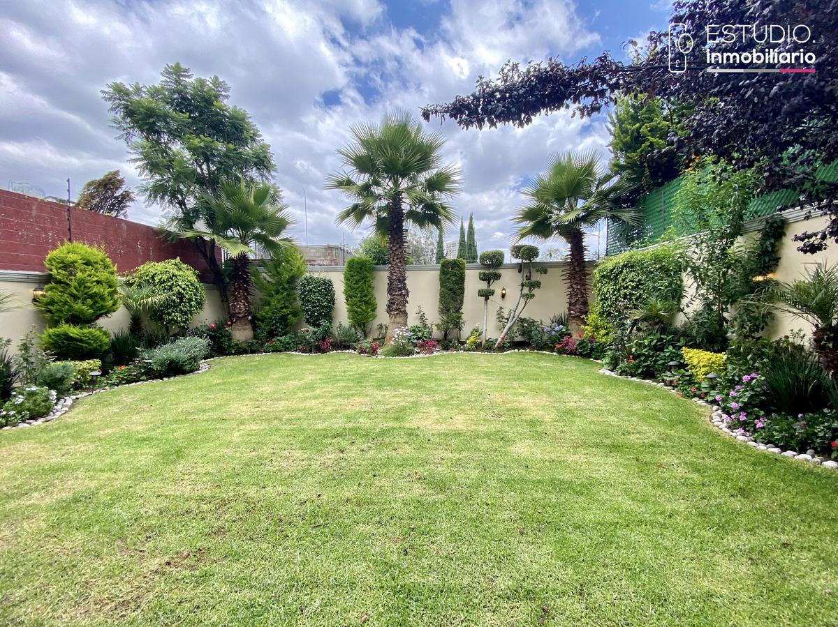 Foto Casa en Renta en  Lomas de las Palmas,  Huixquilucan  CASA EN RENTA LOMAS DE LAS PALMAS. vigilancia, jardín.