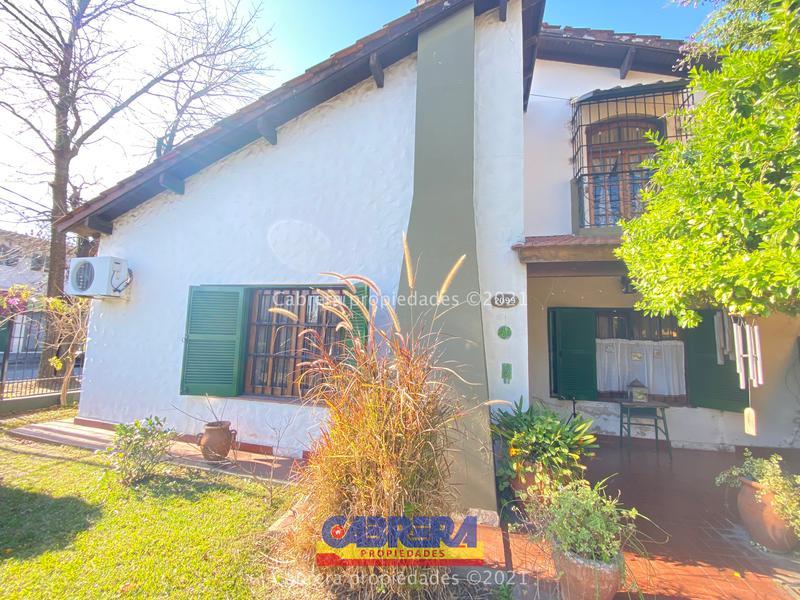 Foto Casa en Venta en  Banfield Este,  Banfield  Palacios 2099