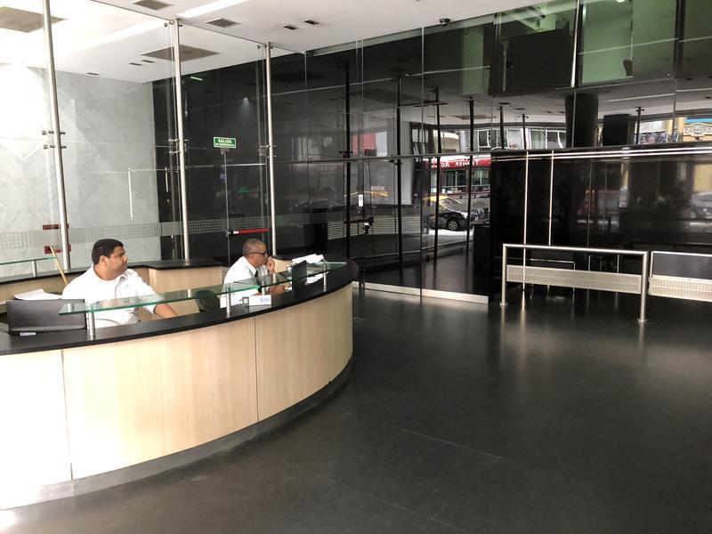 Foto Departamento en Venta en  Centro ,  Capital Federal  Riobamba y Av Corrientes