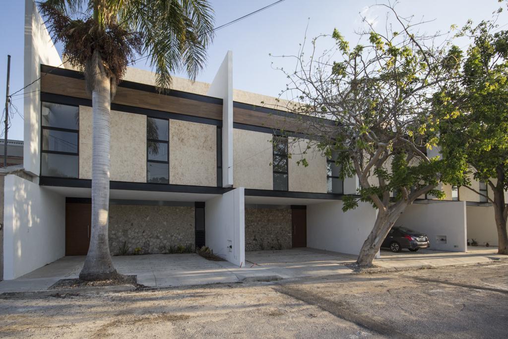 Foto Casa en Renta en  México Norte,  Mérida  Renta de Town Houses Amueblado Col. México, Yuc