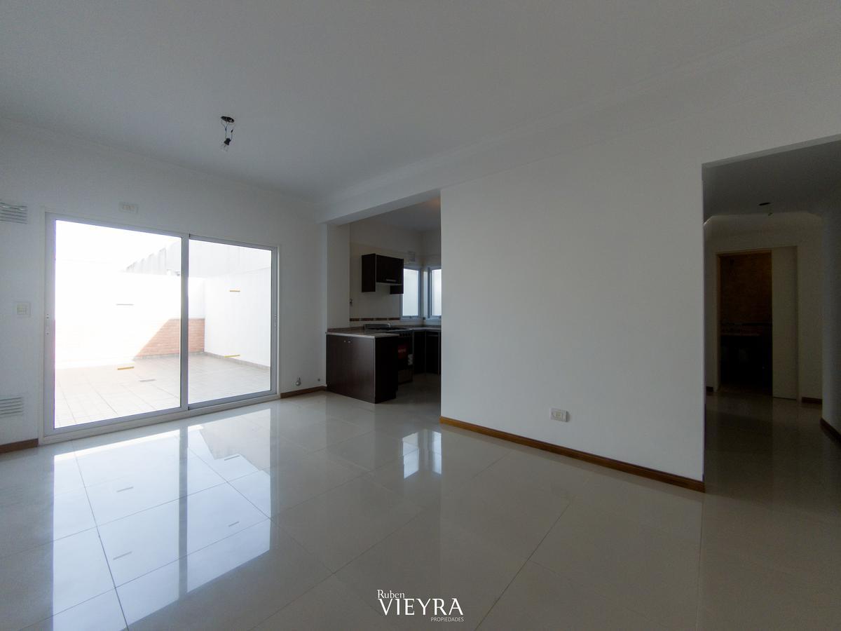 Foto PH en Venta |  en  Villa Devoto ,  Capital Federal  Bermudez al 3100